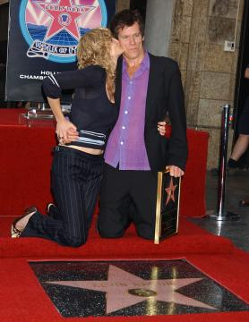Kyra Sedgewick, Kevin Bacon - Hollywood - 30-09-2003 - Tremors, nuova serie tv in arrivo. Ci sarà anche Kevin Bacon