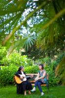 Suor Marta, Sonia De Castelli - Voghera - 06-12-2011 - Suor Marta dedica un brano alle casalinghe di Voghera