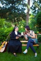 Suor Marta, Sonia De Castelli - Voghera - 03-06-2012 - Suor Marta dedica un brano alle casalinghe di Voghera