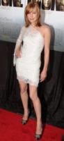 Milla Jovovich - New York - 05-10-2010 - Bianco o colorato, ecco il pizzo d'inverno