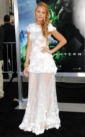 Blake Lively - Hollywood - 15-06-2011 - Bianco o colorato, ecco il pizzo d'inverno