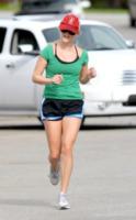 Reese Witherspoon - Los Angeles - 17-03-2011 - L'estate sta finendo...tempo di rimettersi in forma!