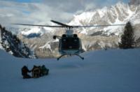 FORESTALE ELICOTTERISTI BELLUNO - Belluno - 05-12-2007 - Gli elicotteristi della forestale entrano in azione