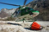 FORESTALE ELICOTTERISTI BELLUNO - Belluno - 14-03-2007 - Gli elicotteristi della forestale entrano in azione