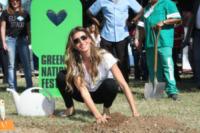 Gisele Bundchen - Rio de Janeiro - 04-06-2012 - Giornata dell'ambiente: le star a tutela del pianeta