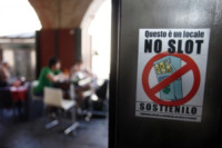 Slot Machines, Pavia - Pavia - 14-06-2012 - No Slot Pavia: anche il sindaco Cattaneo contro la dipendenza