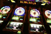 Slot Machines - Pavia - 14-06-2012 - No Slot Pavia: anche il sindaco Cattaneo contro la dipendenza