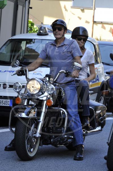 Stacy Keibler, George Clooney - Laglio - 15-06-2012 - Primavera, tempo di sole, caldo e motociclette