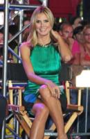 Heidi Klum - New York - 15-06-2012 - Il wardrobe malfunction colpisce ancora
