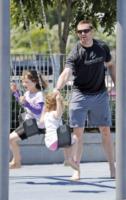 Ava Jackman, Hugh Jackman - New York - 16-06-2012 - Star come noi: amore, vieni che ti porto al parco!