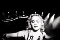 """Madonna - Milano - 15-06-2012 - Madonna si confessa: """"Sono stata violentata"""""""