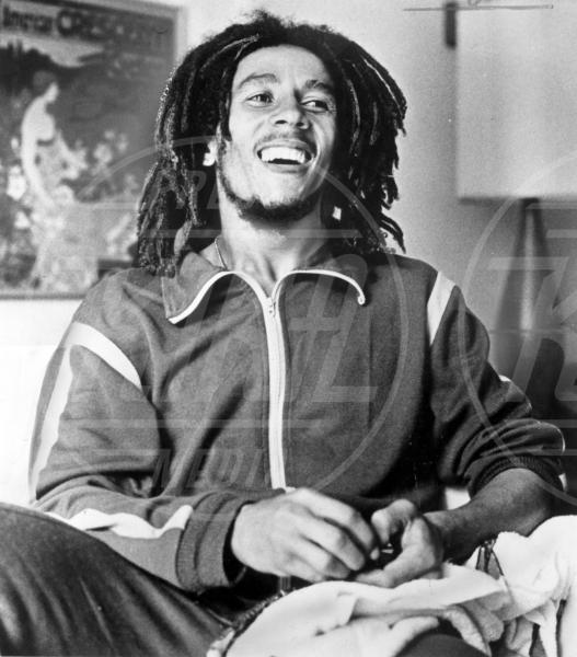 Bob Marley - Kingston - 20-04-2005 - Lady Gaga coi dread per un giorno. Più PopArt di così!