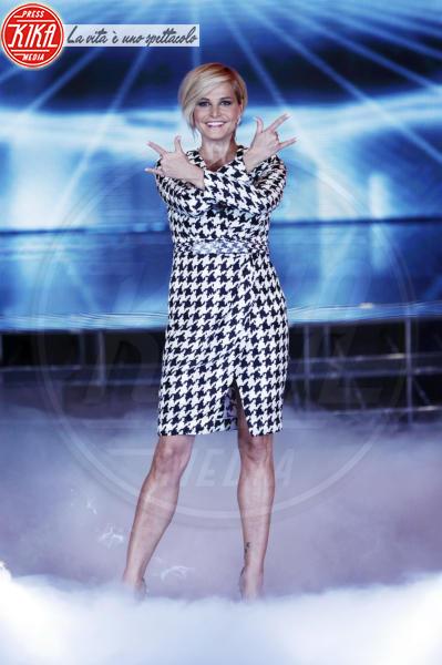 Simona Ventura - Milano - 18-11-2011 - Italiane vs straniere: chi lo indossa meglio?