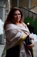 Serena Grandi - Roma - 20-06-2012 - Isola dei Famosi 10: ecco i naufraghi di Marcuzzi e Signorini