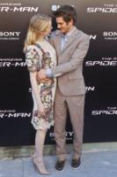 Emma Stone, Andrew Garfield - Madrid - 21-06-2012 - Andrew Garfield ha grandi doti... nel costume di Spider-Man!
