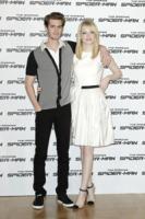 Emma Stone, Andrew Garfield - Roma - 22-06-2012 - Andrew Garfield ha grandi doti... nel costume di Spider-Man!