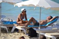Sonia Bruganelli, Paolo Bonolis - Formentera - 21-06-2012 -  Sonia Bruganelli provoca gli haters: