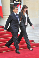 Trierweiler, François Hollande, Nicolas Sarkozy, Carla Bruni - Parigi - 15-05-2012 - L'ex presidente Sarkozy in stato di fermo per concussione