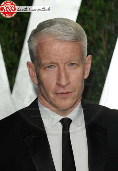 Anderson Cooper - West Hollywood - 26-02-2012 - Il monsignore Krzysztof Charamsa fa coming out