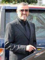 George Michael - Londra - 14-03-2012 - I vip che fanno outing e vivono la loro omosessualità alla luce del sole