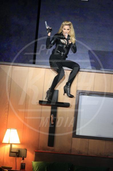 Madonna - Amsterdam - 07-07-2012 - Madonna spara nel nuovo Secret Project: il trailer