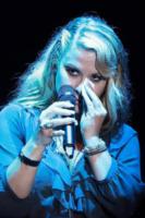 Anastacia - 15-07-2012 - Commozione delle celebrità, o lacrime di coccodrillo?