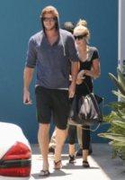 Liam Hemsworth, Miley Cyrus - Los Angeles - 16-07-2012 - Miley Cyrus e Liam Hemsworth di nuovo fotografati insieme