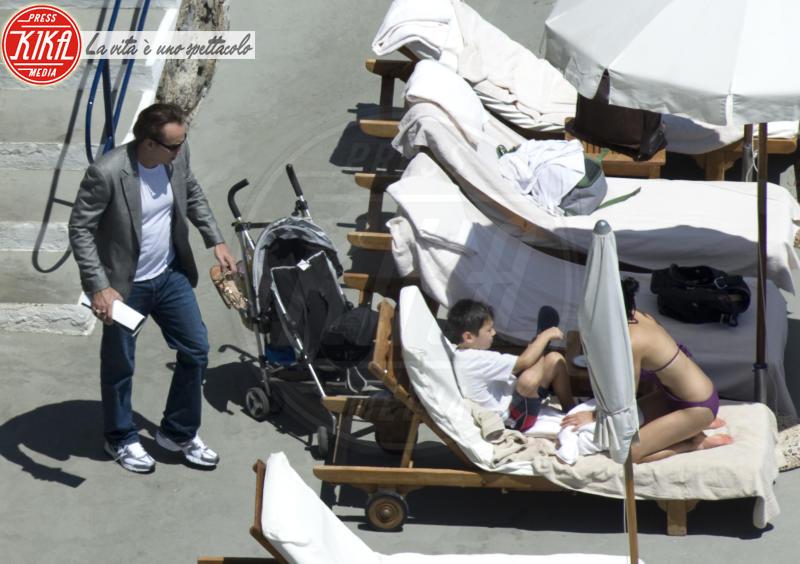 Kal-el Cage, Alice Kim, Nicolas Cage - Amalfi - 17-07-2012 - Trump e gli altri: i vip in italia per una vacanza 5 stelle