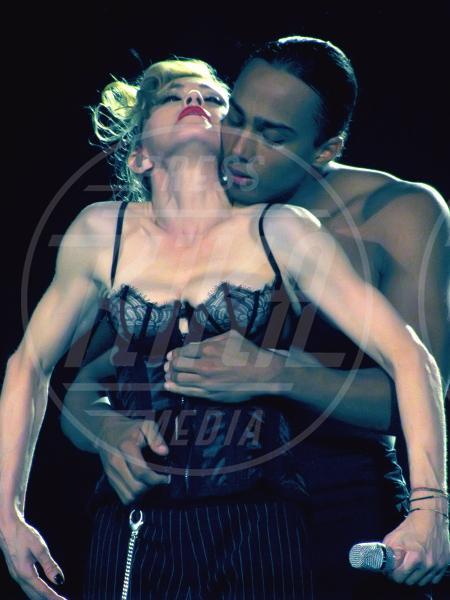 Madonna - Londra - 17-07-2012 - Madonna spara nel nuovo Secret Project: il trailer