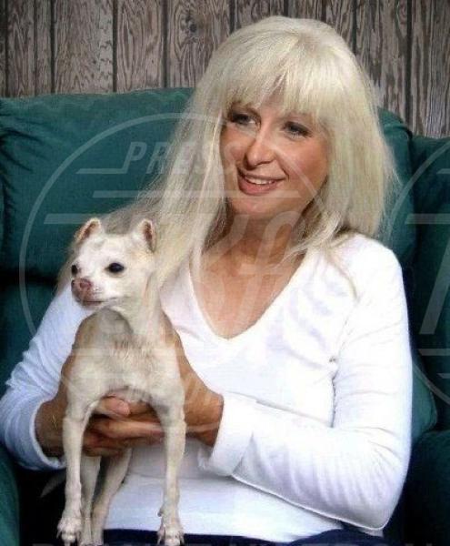 Paris Hilton - Los Angeles - 03-07-2012 - Le star invecchiano precocemente con Planet Hiltron