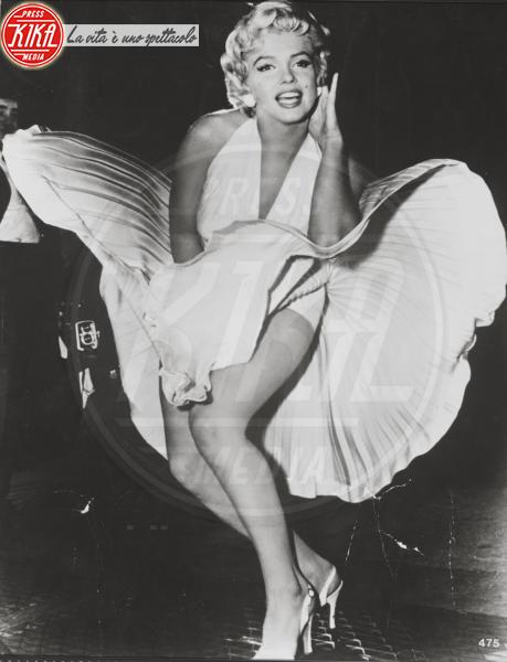 Marilyn Monroe - Los Angeles - 03-06-1955 - Marilyn Monroe fece ricorso alla chirurgia estetica