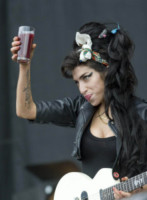 "Amy Winehouse - Balado - 13-07-2008 - Janis Winehouse: ""Sapevo Amy non sarebbe arrivata a 30 anni"""