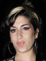 "Amy Winehouse - Londra - 06-11-2009 - Janis Winehouse: ""Sapevo Amy non sarebbe arrivata a 30 anni"""