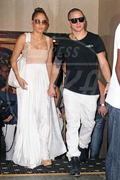 Casper Smart, Jennifer Lopez - New York - 24-07-2012 - Jennifer Lopez è single anche per la legge