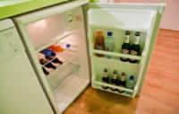 Il frigo bar Temporary House - Milano - 20-07-2012 - Temporary House: La ricetta anticrisi di due giovani milanesi