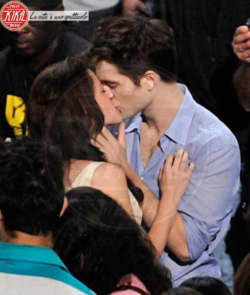 Robert Pattinson, Kristen Stewart - Rio de Janeiro - 12-11-2010 - Twilight saga, nuovo libro, ruoli invertiti