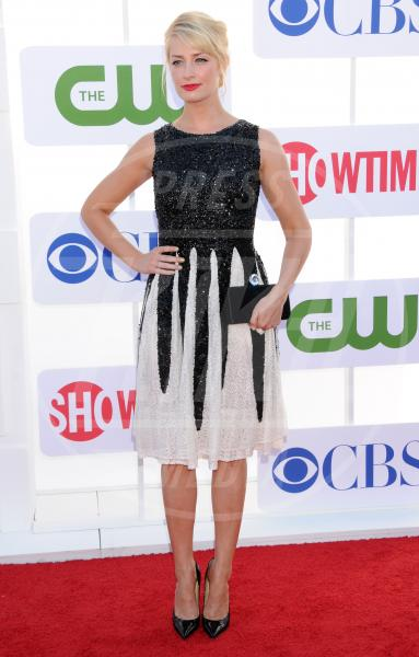 Beth Behrs - Beverly Hills - 30-07-2012 - Sul red carpet, l'optical è… l'optimum!