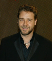 Russell Crowe - Los Angeles - 05-05-2004 - Russell Crowe, lassù qualcuno lo ama: gli extraterrestri