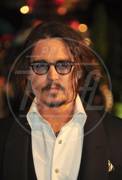 Johnny Depp - Los Angeles - 29-12-2010 - Men trends: baffo mio, quanto sei sexy!