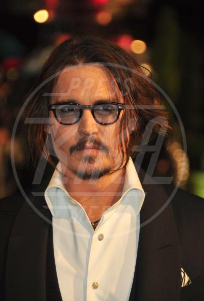 Johnny Depp - Los Angeles - 29-12-2010 - Men trends: baffo mio, quanto sei sexy!