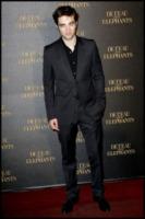 Robert Pattinson - Parigi - 29-04-2011 - Essere o non essere gay? Questo è il pettegolezzo