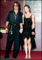 Vanessa Paradis, Johnny Depp - Hollywood - 19-01-2012 - Lily Rose difende il padre Johnny Depp: