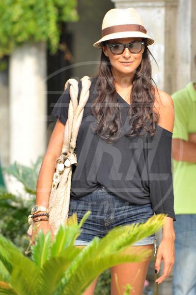 Magda Gomes - Venezia - 02-09-2011 - Celebrity, tanto di cappello!