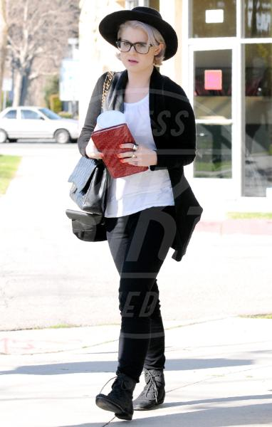 Kelly Osbourne - Los Angeles - 03-03-2010 - Celebrity, tanto di cappello!