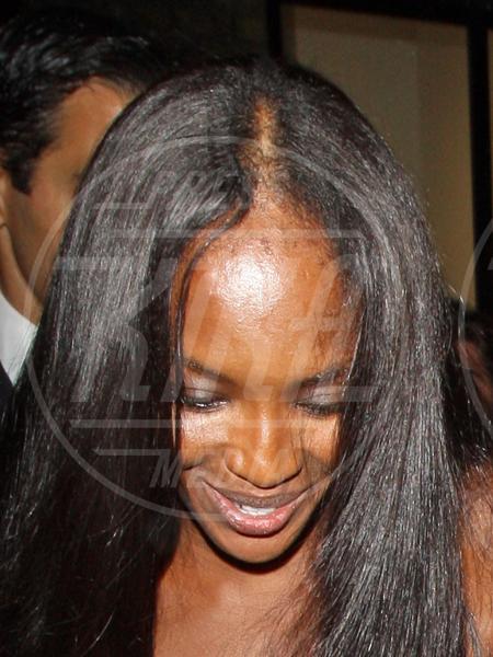 Naomi Campbell - Londra - 10-08-2012 - Le star che non sapevate avessero il parrucchino, o simili