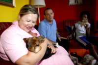 """Famiglia Gentilini - Bergamo - 09-08-2012 - I primi ad adottare un cane di Green Hill: """"Iggy è uno di noi"""""""