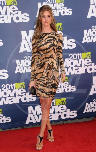 Rosie Huntington-Whiteley - Los Angeles - 05-06-2011 - I felini invadono Hollywood