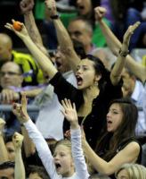 Adriana Lima - Barcellona - 07-05-2011 - Quando le celebrity diventano il pubblico