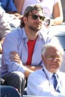 Bradley Cooper - New York - 11-09-2010 - Quando le celebrity diventano il pubblico
