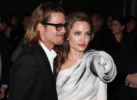 """Angelina Jolie, Brad Pitt - Parigi - 17-02-2012 - Brad Pitt: """"Stare con la mia famiglia significa tutto per me"""""""